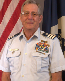 Past Commodore Association President Alan Grimminger